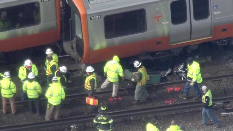 Derailment investigation 'zeroing in' on cause, new trains remain out of service