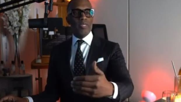 Old Pics Suggest 'Relationship Expert' Kevin Samuels May Be Gay (Twitter)! (Pics)