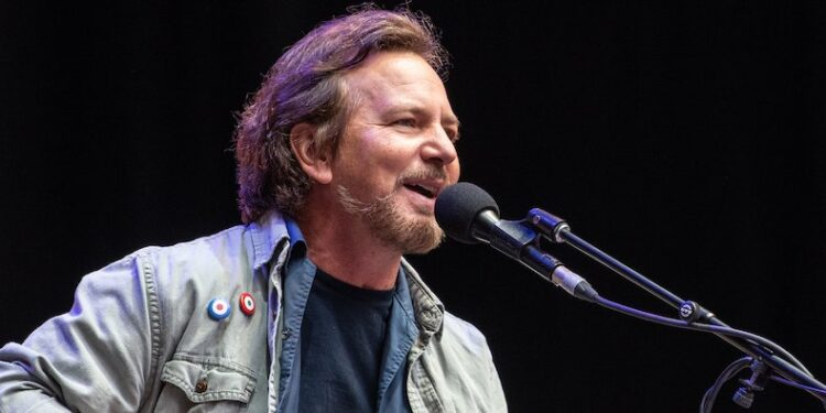 Pearl Jam Launch Massive Online Archive of Live Shows