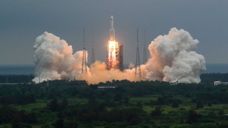 Uncertainty about where 20-ton portion of Chinese rocket will land