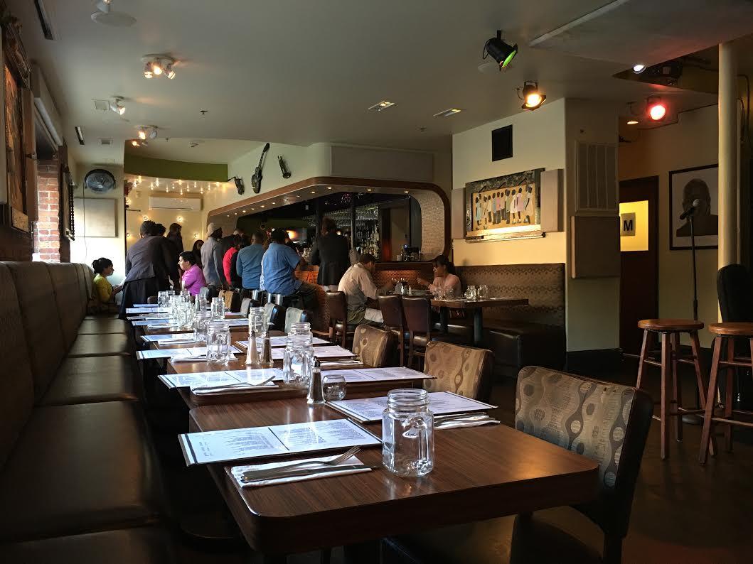 Darryls Corner Bar and Kitchen Boston