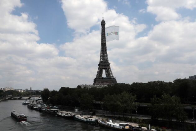 'Biggest flag ever flown': Giant flag to fly from Eiffel Tower for 2024 Paris Olympics