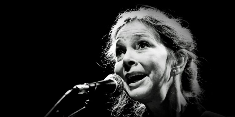 Nanci Griffith, Folk and Country Singer-Songwriter, Dies at 68