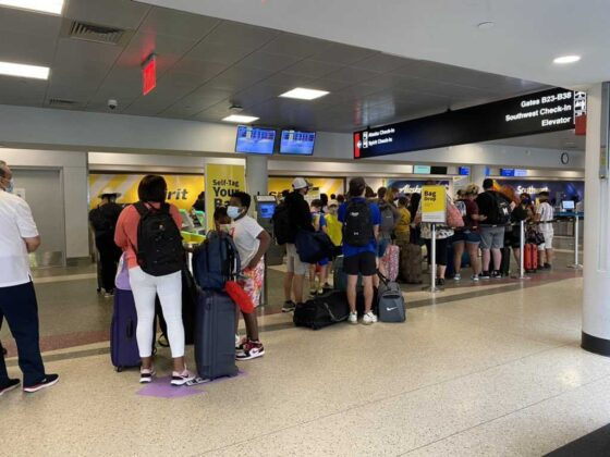 Spirit cancels nearly half of scheduled flights for another consecutive day