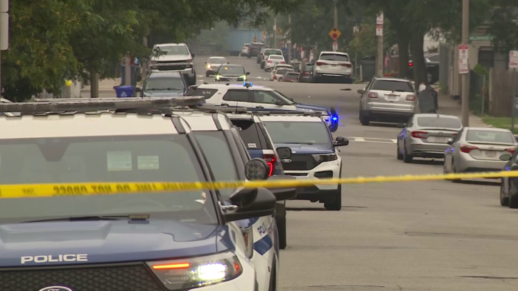 Woman killed, 5 injured in early morning shooting