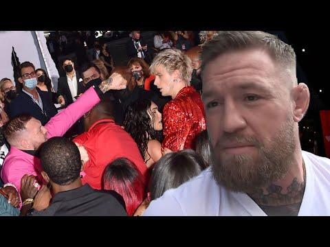 Conor McGregor INVITES Machine Gun Kelly to His Next Fight