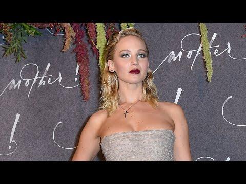 Jennifer Lawrence Is PREGNANT!