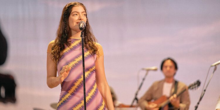 Lorde Releases EP With Māori Renditions of Solar Power Songs: Listen