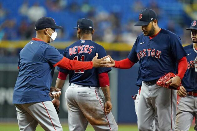 Red Sox pitchers combine for shutout, beat Rays