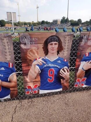 Top WHITE High School Football Player Throws GANG SIGNS In Official Photo! (Look)