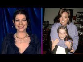 Michelle Trachtenberg Almost CRIES While Remembering Harriet the Spy!