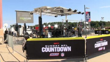 Patriots-Buccaneers game brings fans from across America to Foxborough