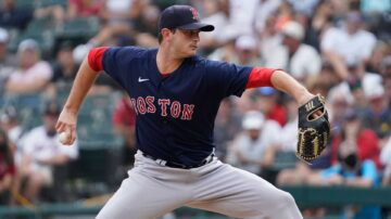 Red Sox activate key relief pitcher from IL before final game of season